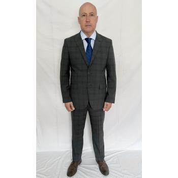 Nick grey suit 2507.jpg